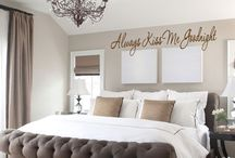 Bedroom looks / by Ju Norton