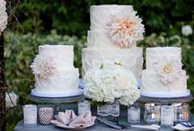 Cakes / Stunningly beautiful cakes for weddings or fancy parties. / by Jenn Potts