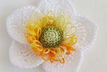 Crochet Flowers / by Jessica Rice