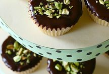 Favorite Recipes / Food, tips and tricks for baking and cooking.  / by Anna Gilbert