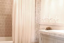 Bathrooms / by Shannon Eyford