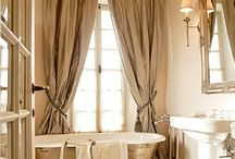 bathrooms / by Penelope Bianchi
