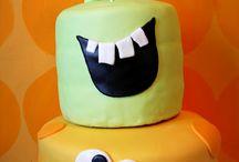Cakes / by Ann Schofield