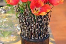 Flower Arrangements / by Julia Lassle