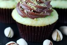 Eat...Nutty Cupcakes / by Heather Duff