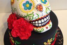 Skull cakes / by Kate Savige