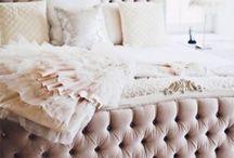 Beds I Love / by Ellen Gaspari
