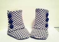 houndstooth-is-all-i-need / by Annabel Angelina