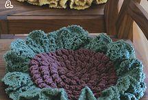 Crochet / by Gabriela