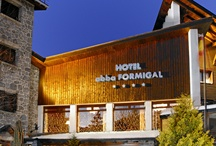 abba Formigal Hotel****S - Hotel in Formigal / 107 rooms. Meeting rooms with capacity for up to 200 people. Piano bar - Coffee bar, games room and lounge, mini-club, restaurant, Wellness area with massage servic, sun beds, sauna, Trukish bath, steam room and whirlpools, Jacuzzi, gym, indoor heated pool - terrace, outdoor pool and parking available. The best location in the Aragon side of the Pyrenees, only 500 , from the slopes and 90Km from Huesca, with faboulous views of the Tena valley. / by Abba Hoteles