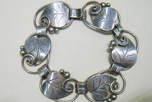 Antiques -Vintage jewelry / by Edwina Orndoff