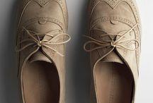 Mamajama Footwear / by Chewwan Yuen