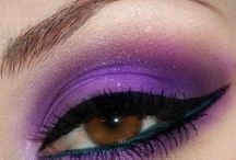 Makeup & Nails / by Gianna Martinez