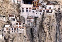 Places I'd Like to Go / by Alexzandra Enger