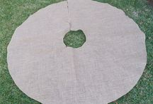 Burlap Tree Skirts / by BurlapFabric.com Burlap Fabric