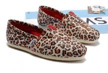 Shoes! / by Brittni Gustin