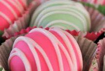 Food/Desserts / by Christine Drews