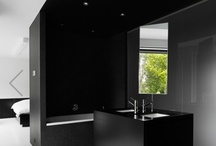Bathrooms / by Annelie Orbe