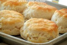 Yummy - Breads / Bread (sweet and savory) recipes / by Stephanie Edgren Barnes