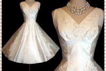 Wedding Dress / by Ruth Heatley