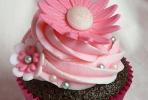 Cupcakes / by Nicole Grell