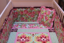 Crib Bedding sets Sewing Project Ideas / by Corinne Jensen