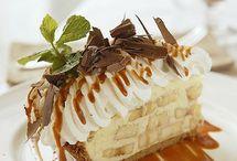 Desserts / by Linda Caruso
