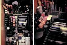 MakeUp Organization / by Lindsey Daniels