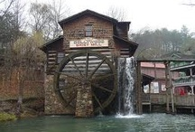 Water Mills / by Beverly Hubbard