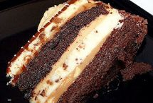 Desserts-Cake / by Victoria Homan
