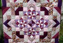 Quilt / by Hannah B