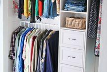 Arara Closet / http://www.alanasantosblogger.com/ Inspiração para atelier de costura Sewing room / by Alana Santos Blogger