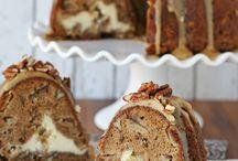 Desserts: Cakes / by Christy Davis