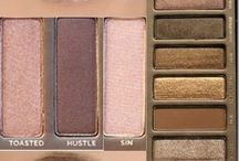 Naked Looks / by Allison Woodall