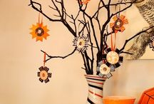 Holiday Decor / by Michelle Huwe