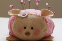 Darling Little Pin Cushions / by Linda Imus