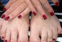 Finger nail Polish / ideas / by Elizabeth Hammack-Wakefield
