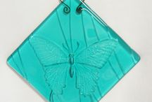 Texture Glass! / NEW design for fused glass which provides a texture to the glass~ using molds to form the glass!  / by Copper Moon