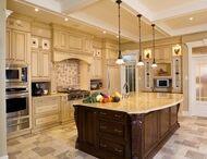 DREAM Kitchens! / by Lisa Pribula