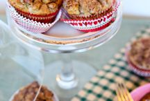 Oh do you know the muffin man? / by Pauline Marincic