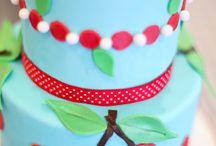 cakes / by Jenny Puzino