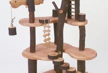 Wooden Toys / by Jocelyne