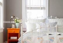 Bedrooms I Love / by Ellen Barnes