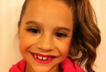 Mackenzie Ziegler / Mackenzie is a cute dancer who is on dance moms  / by ɑʟɑɴɴɑ ωɪʟsoɴ
