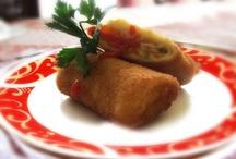 ❦ Indische recepten ❦ / by Divainchéliënne