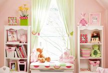 Girls Room / by Kaybee bee