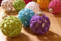yarn crafts / by Chantal Daigneault