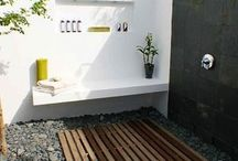 Outdoor Showers! / by Jeannie Sloan