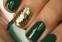 Nails Nails Nails / by Megan Ernst