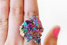 Jewelry..... / by Alexa Lowther